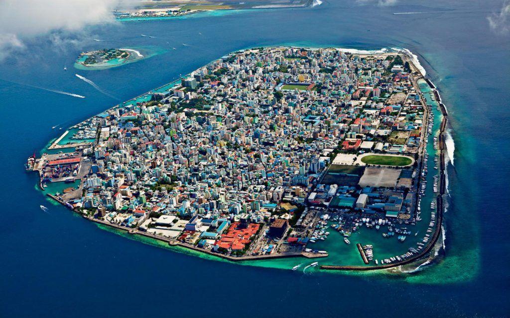 Не найти на карте: топ-10 самых маленьких стран в мире