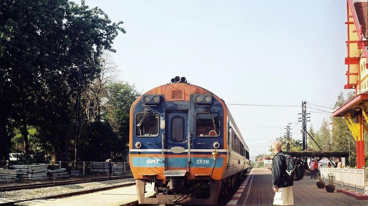 10 причин путешествовать через Тайланд на поезде