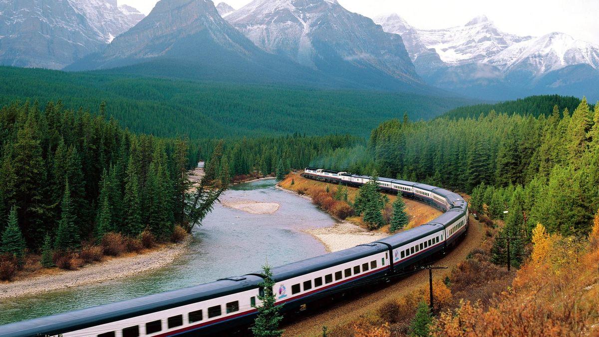 Какие неочевидные услуги в поезде можно получить