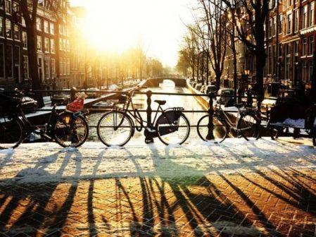Перелёт в Амстердам и обратно на Новый год