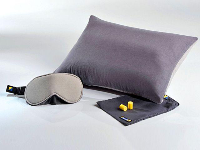 Подушка, маска и беруши