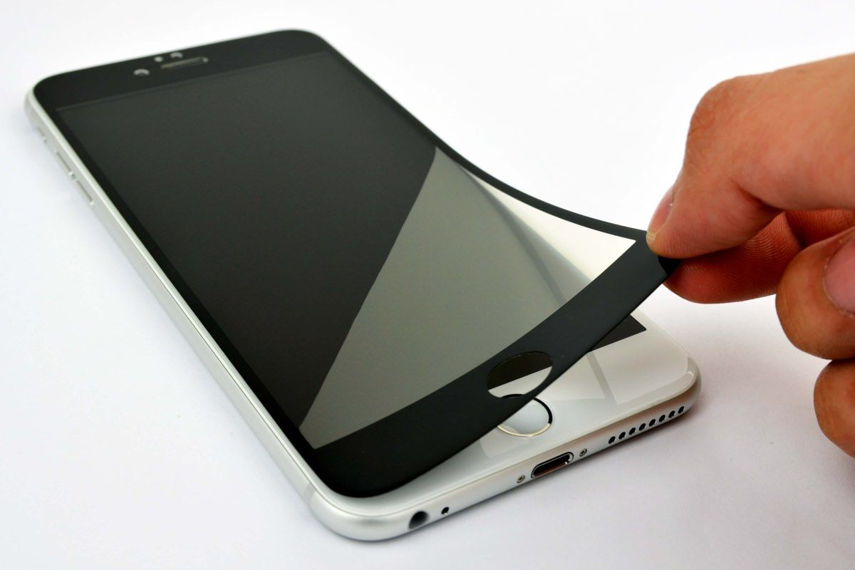 Готовим смартфон к поездке за границу правильно