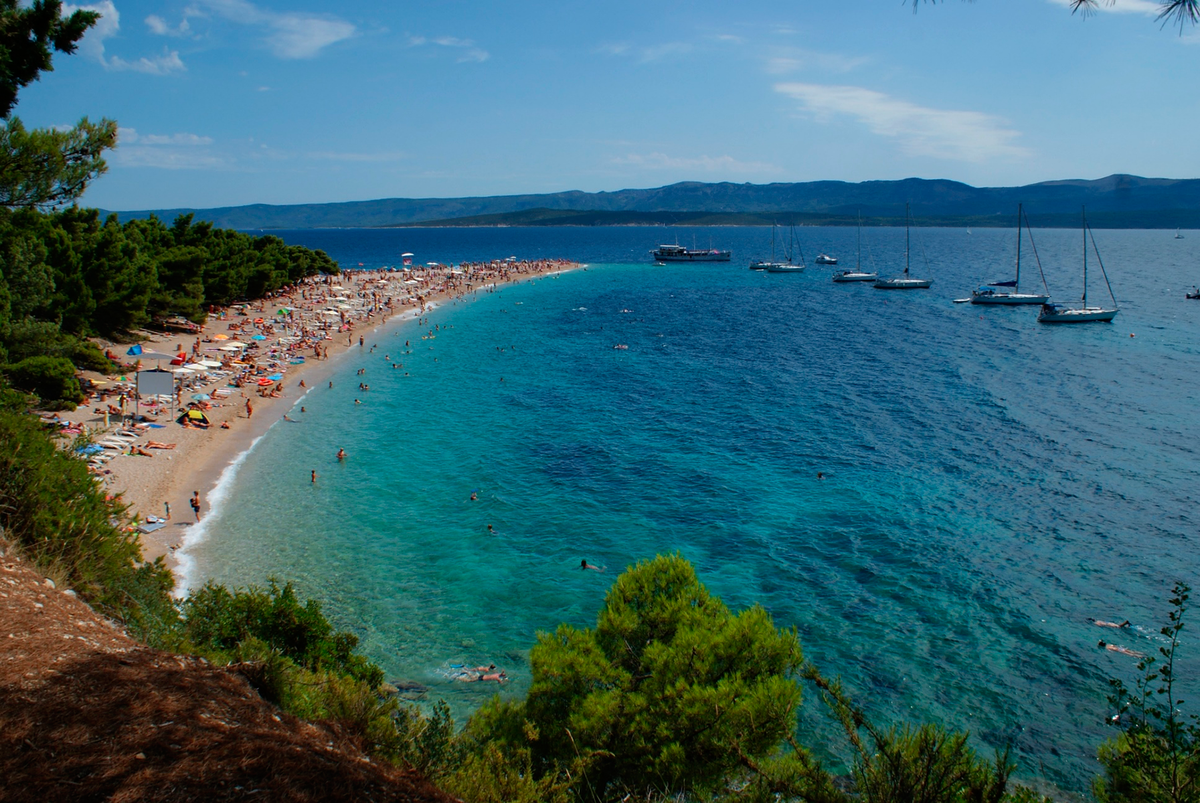 Безопасность, как залог хорошего отдыха: где отдохнуть летом на море