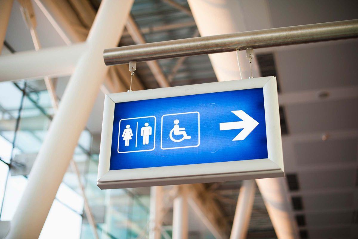 Ведем себя по правилам: чего нельзя делать в аэропортах Москвы