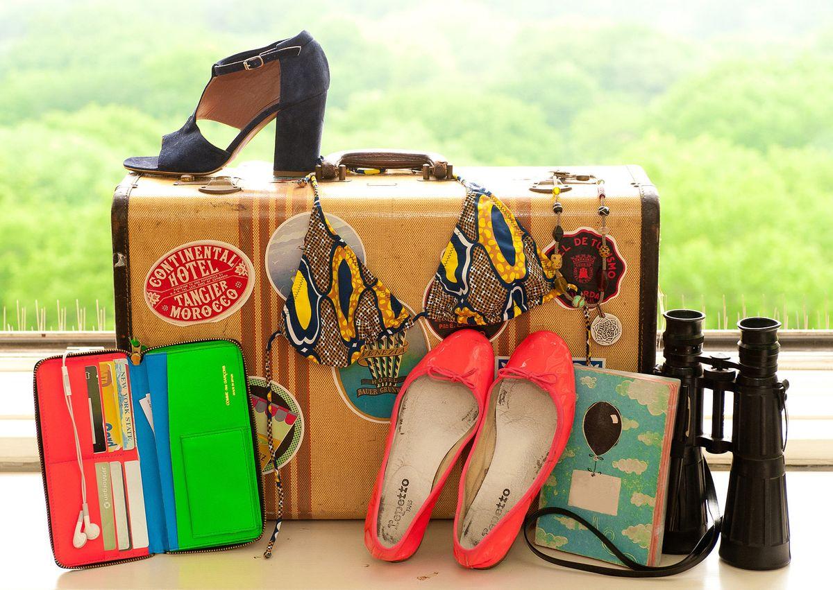 Собираем чемодан: самые бесполезные вещи для туриста