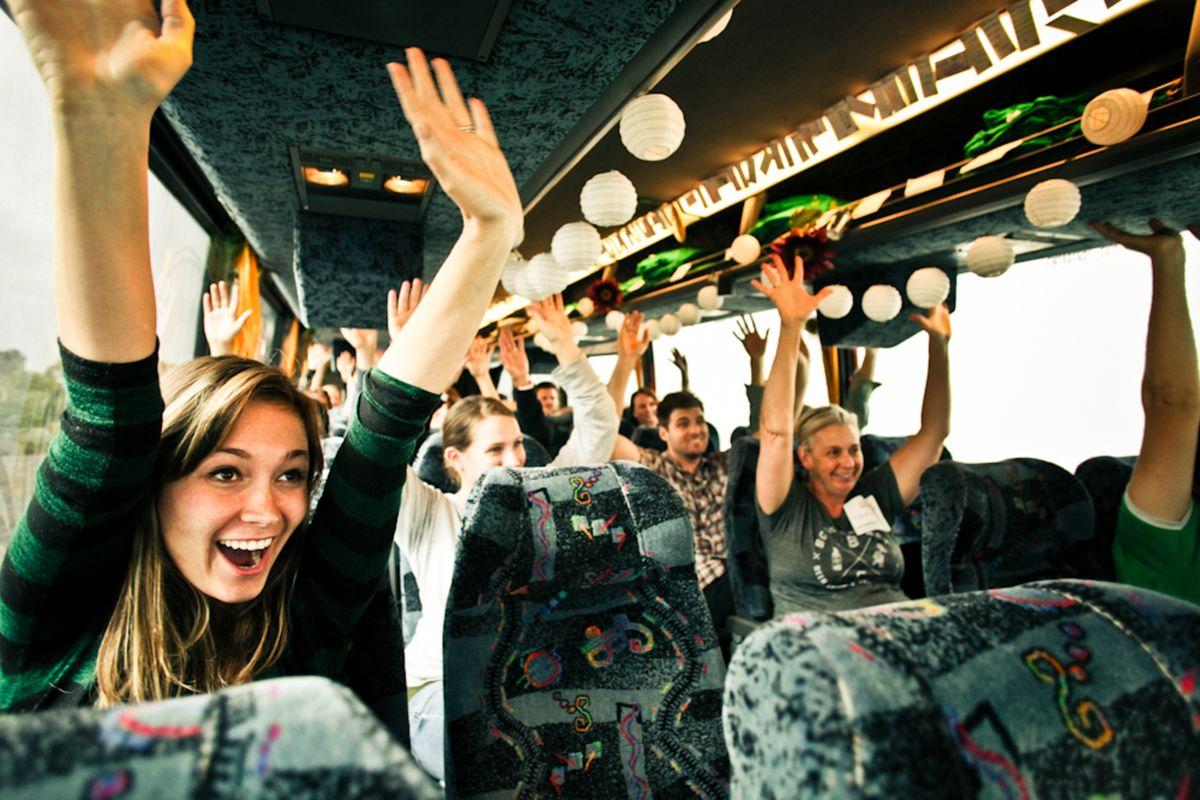 Топ-5 советов, как легче переносить длительные поездки в автобусах
