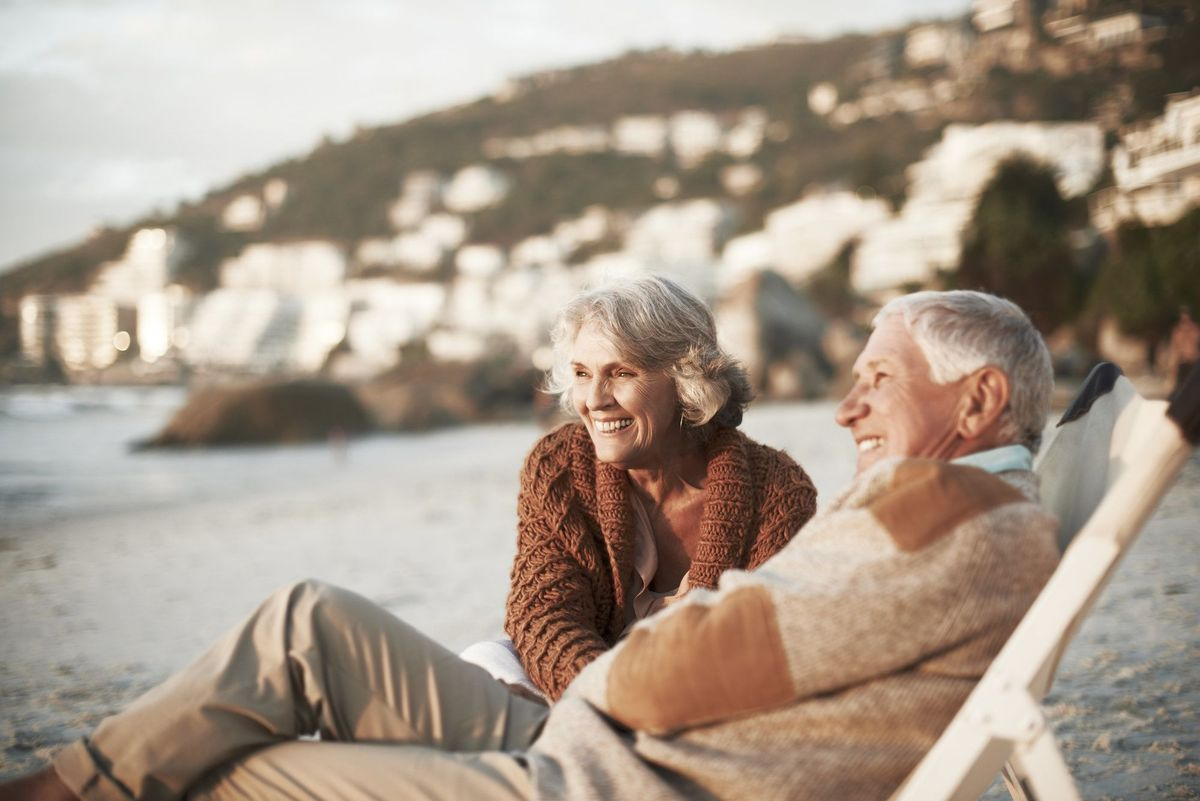 Чего не стоит делать, отправляясь с пожилыми родителями в отпуск