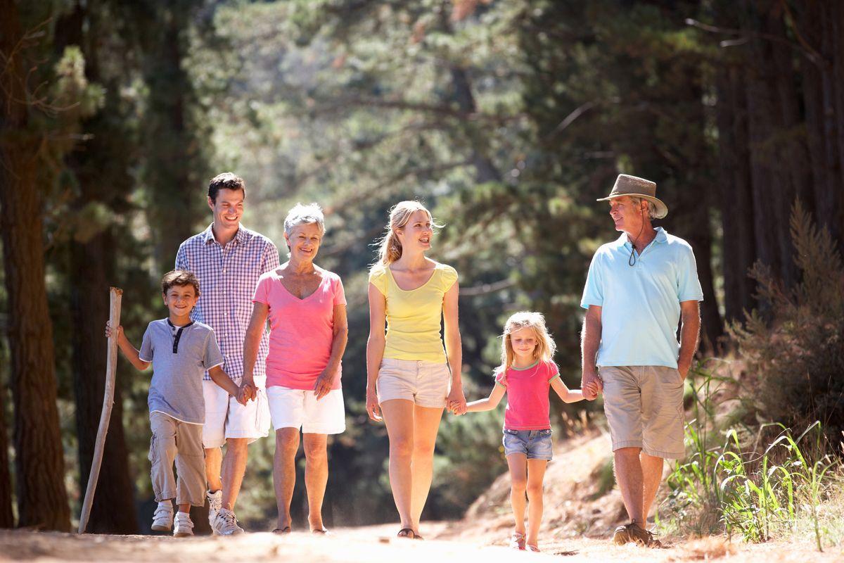 С пожилыми родителями в отпуск: чего не стоит допускать в поездке