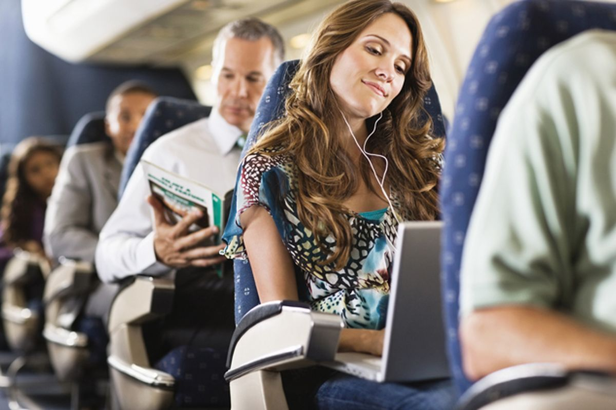 Длительный перелет без лишнего стресса: как правильно подготовить свой огранизм