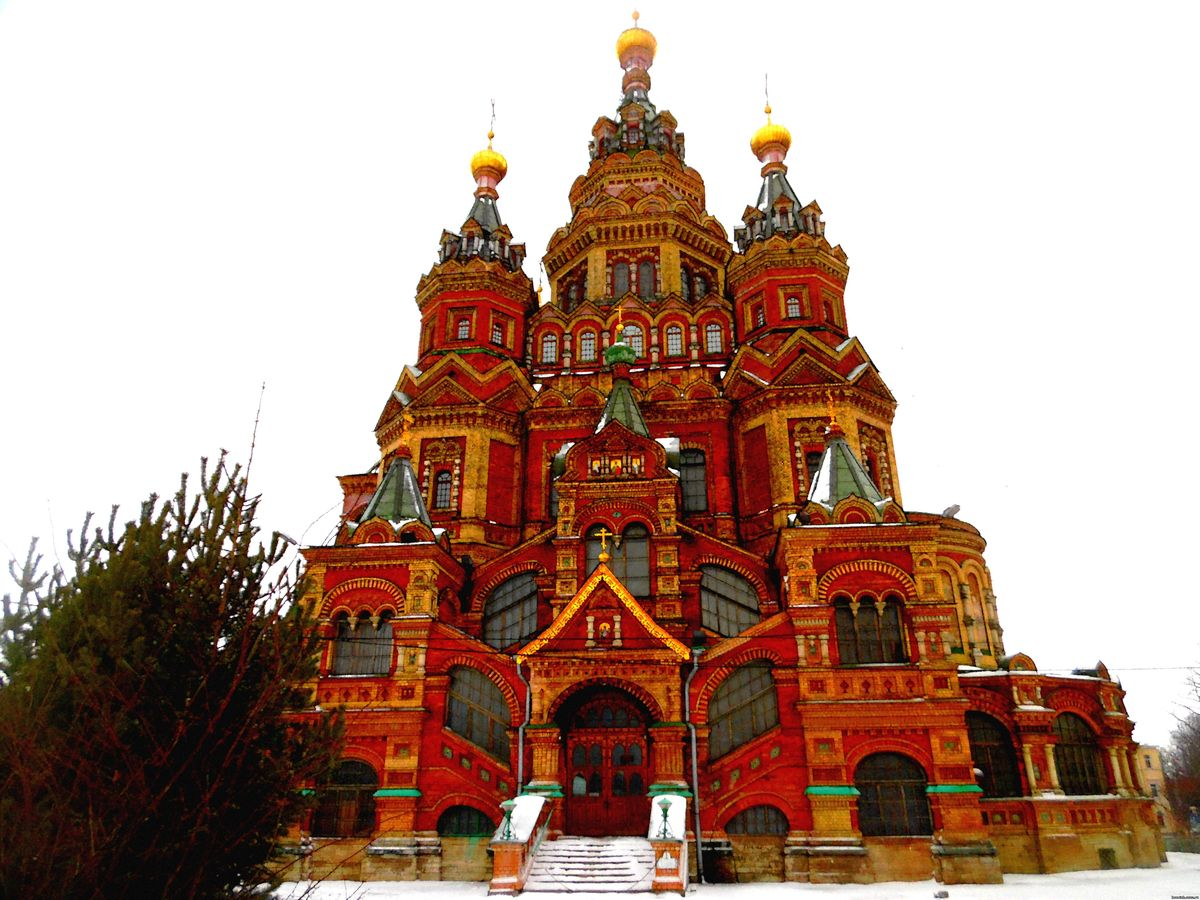 Топ-5 российских городов с самыми красивыми храмами