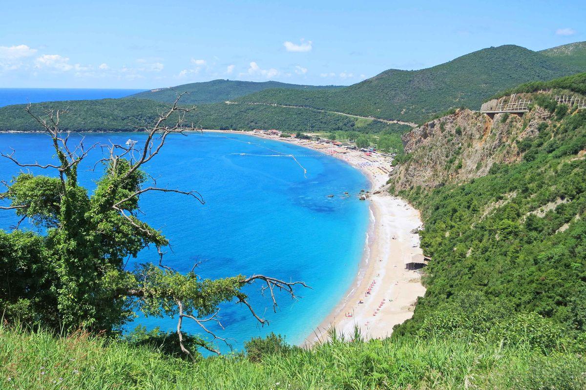 Солнце, море и песок: топ-10 лучших пляжей Европы
