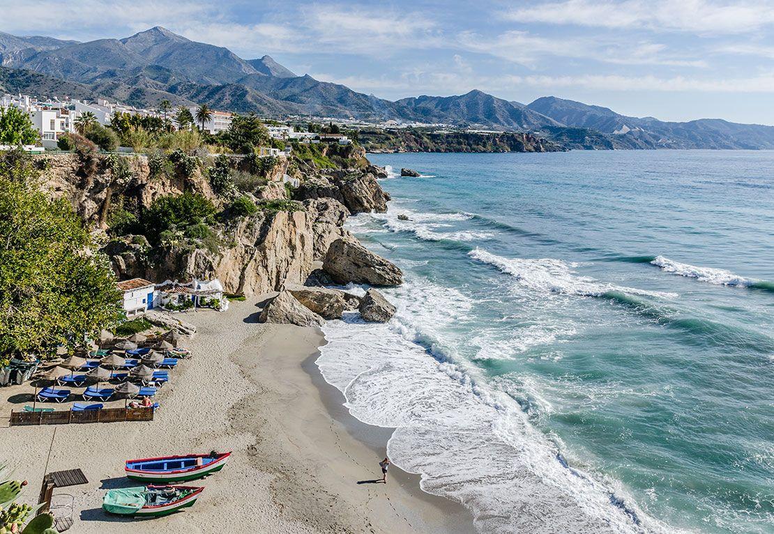 Пляжная гармония: топ-10 самых лучших курортов Испании