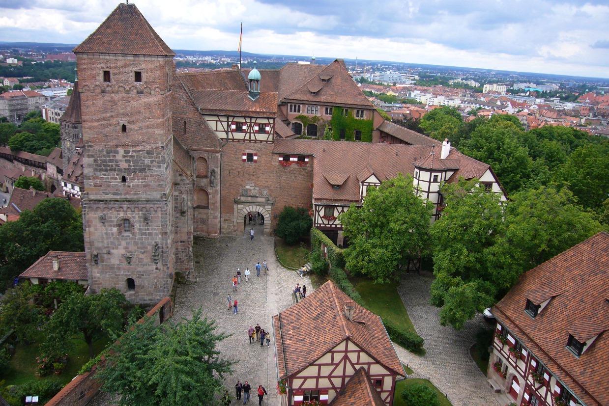 Нюрнбергская крепость и замок Кайзербург – чем необычно место?