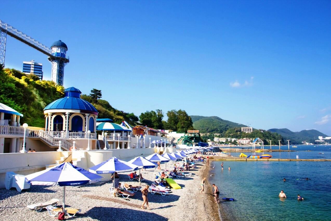 Курорт на берегу Черного моря