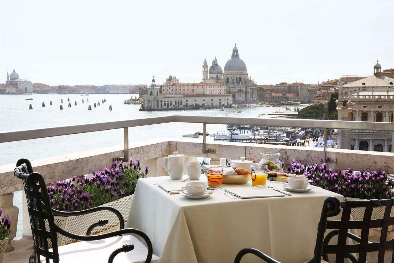 Как дешево отдохнуть в одном из самых дорогих городов мира: бюджетный гид по Венеции
