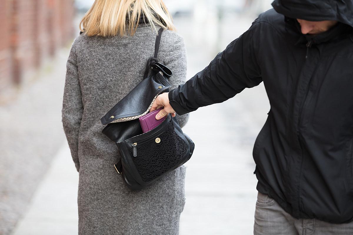 Топ-5 советов, как лучше всего обезопасить себя от карманников на отдыхе