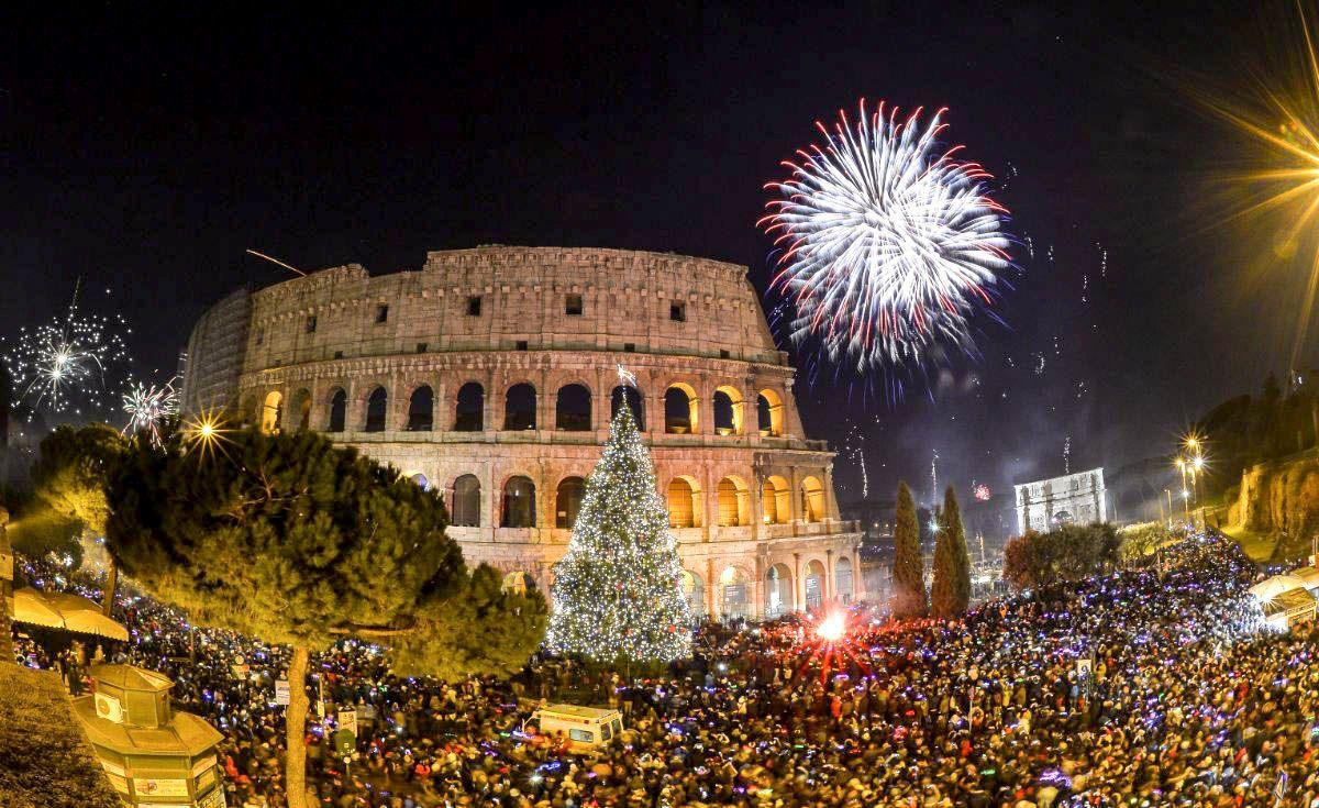 Топ-5 отличных стран для празднования Нового года