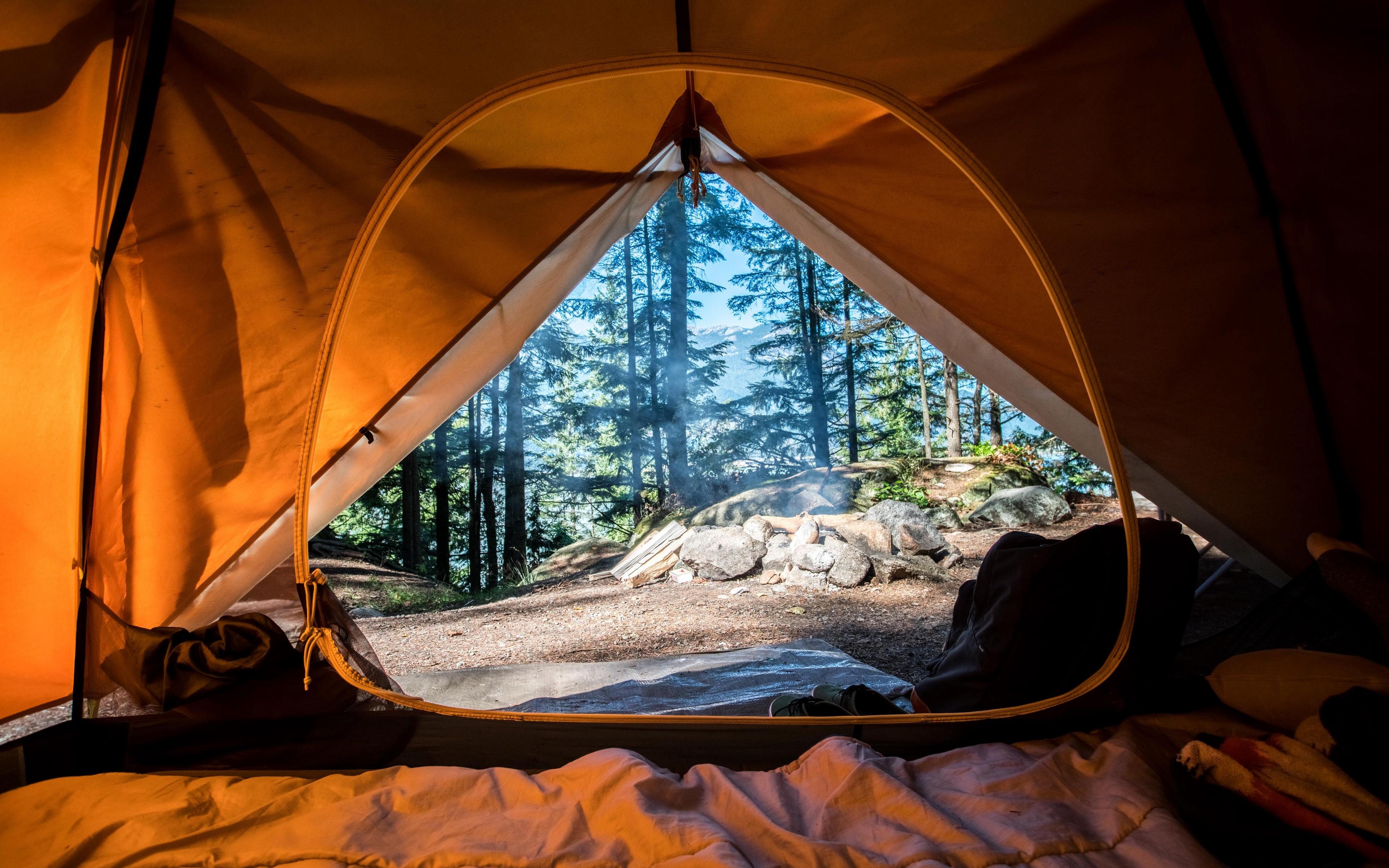Топ-5 лайфхаков для комфортной ночевки в палатке