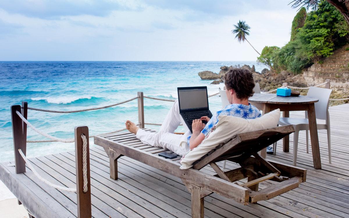 Топ-5 способов относительно спокойного заработка денег в путешествиях